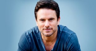 Charles Esten Makes History And Announces Free Concert