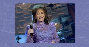 Loretta Lynn Birthday Celebration, Bridgestone Arena Nashville, Tennessee
