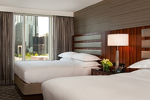 Hilton Downtown Nashville, Tennessee - Places to Stay