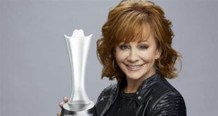 Reba McEntire, ACM (Academy of Country Music), Las Vegas, NV, MGM Grand Garden Arena