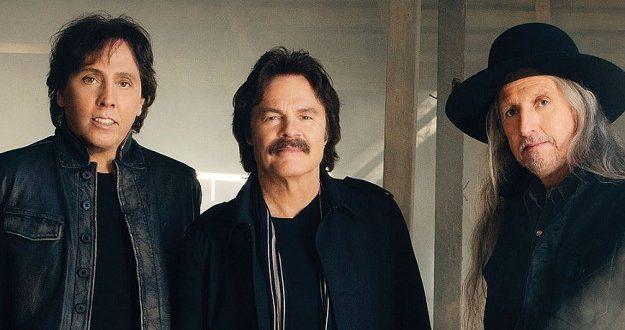 The Doobie Brothers at Ryman Auditorium, Nashville, Tennessee, 11/181/9. Buy Tickets from Nashville.com