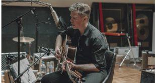 Josh Ritter & The Royal City Band at Ryman Auditorium, Nashville, Tennessee 9/28/19. Buy Tickets from Nashville.com