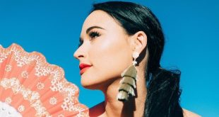 Kacey Musgraves at Bridgestone Arena, Nashville, Tennessee, 10/25/19. Buy Tickets from Nashville.com