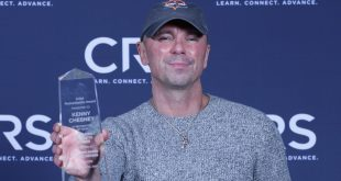Kenny Chesney Receives CRS Humanitarian of the Year Honor