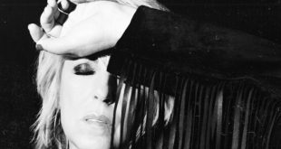 "Lucinda Williams Releases ""You Can't Rule Me"""